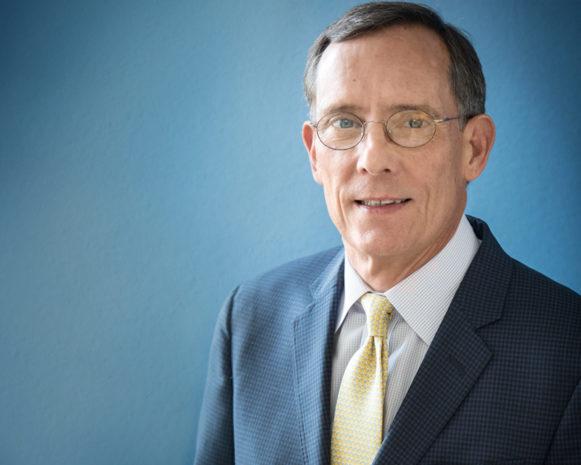 Dr, Scott Bartlett is an award winning Philadelphia adult plastic surgeon.